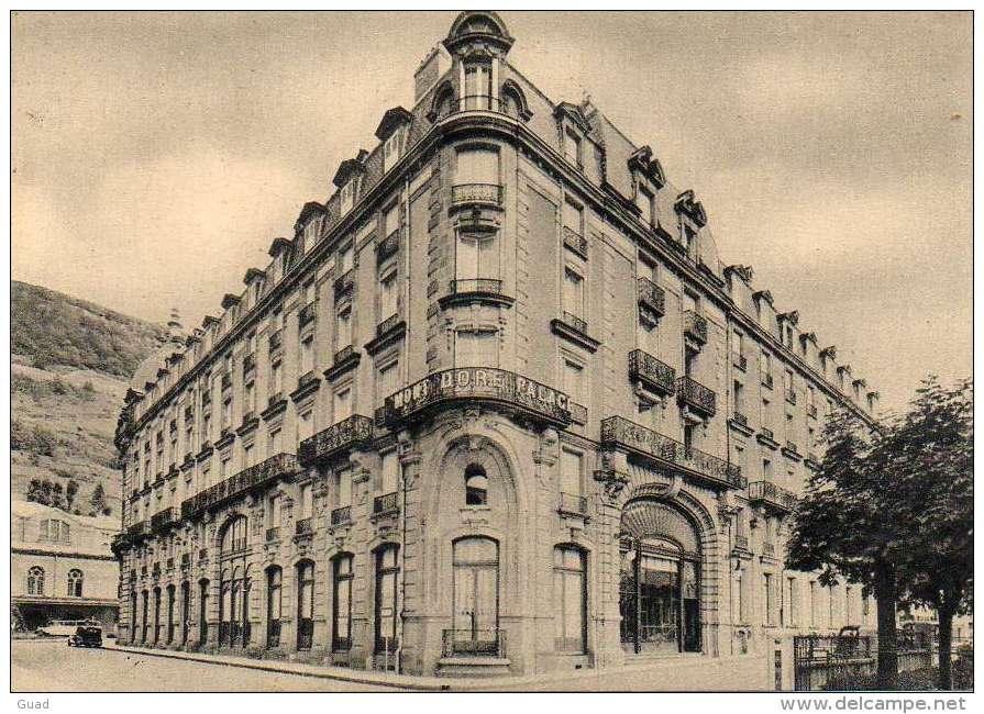 Monsieur Aurélien - Histoire